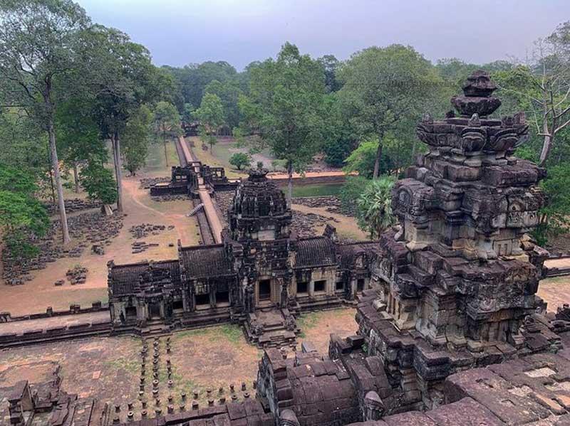 Một góc khung cảnh Angkor Thom được nhìn từ phía bên trong.