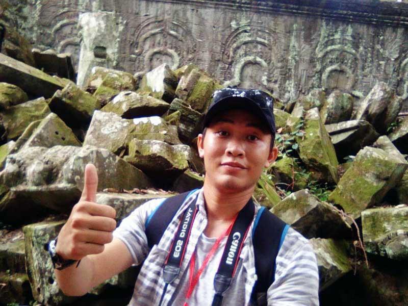 Các tảng đá được xếp một cách ngẫu nhiên trong đền Bayon.