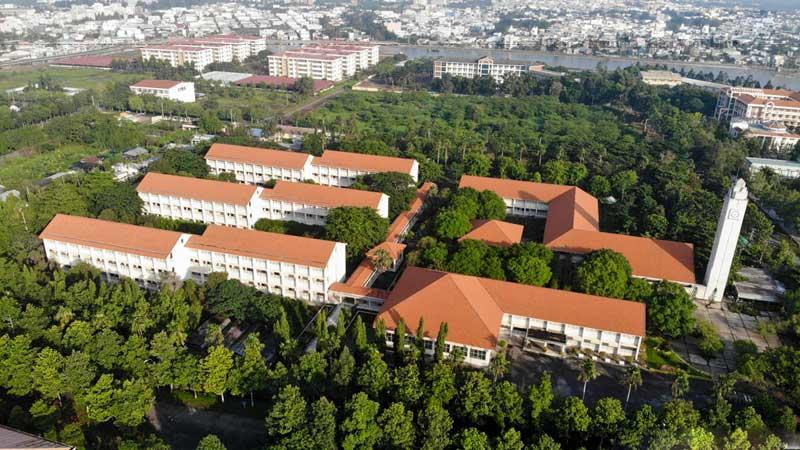 Trường Đại học Cần Thơ là nhân tố động lực có ảnh hưởng quyết định cho sự phát triển của vùng Đồng bằng sông Cửu Long.