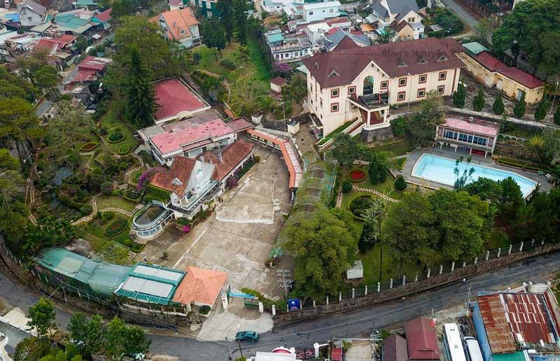 Biệt điện Trần Lệ Xuân ngày nay trở thành điểm than quan du lịch.