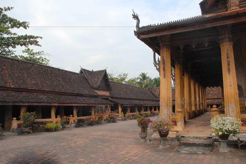 Cổ tự Wat Si Saket được xây dựng vào đầu thế kỷ 19 (1918) theo lệnh của vua Anouvong (1767-1829).