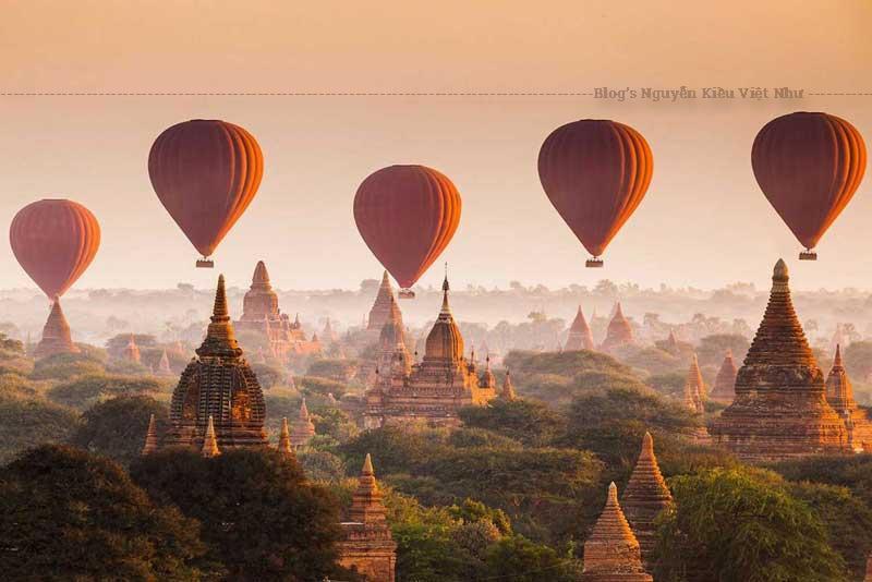 Điều làm người ta ngạc nhiên và ngưỡng mộ ở đây chính là kiến trúc của những ngôi chùa linh nghiệm.