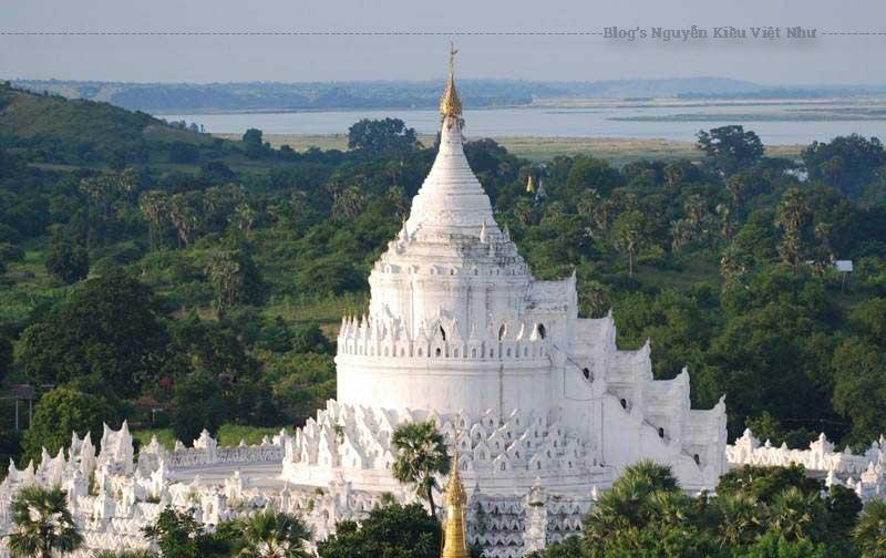 Ngôi chùa Hsinbyume Myanmar không chỉ cuốn hút kẻ viễn du bởi lối kiến trúc lộng lẫy như rực sáng cả một đoạn sông, ngôi chùa còn để lại.