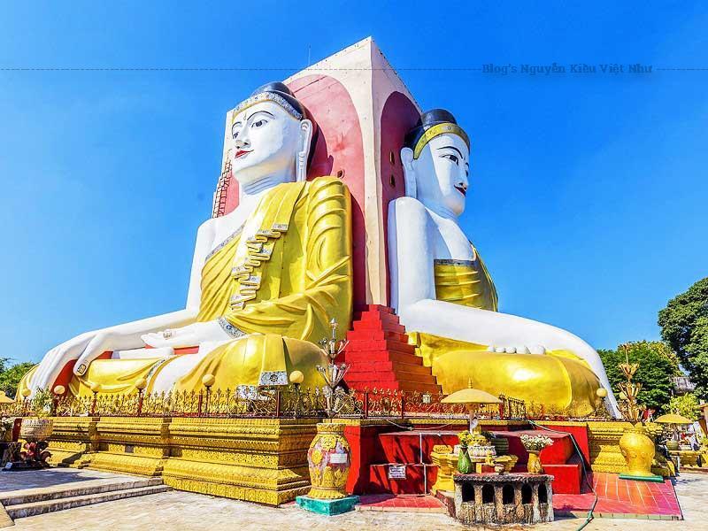 Chùa Kyaik Pun nổi tiếng với điện thờ với bốn tượng Phật ngồi xoay lưng vào nhau và trông ra bốn hướng đông, tây, nam, bắc.