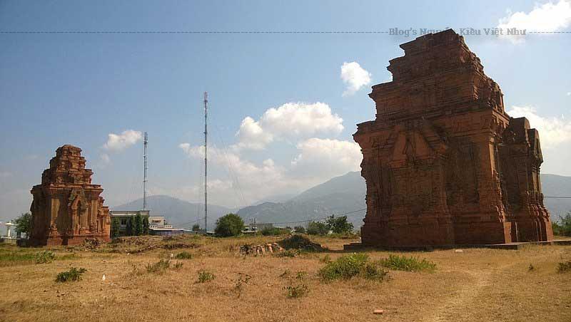 Tháp là một nghệ thuật điêu khắc độc đáo tài tình không tưởng mà người xưa đã mày mò chế tác.