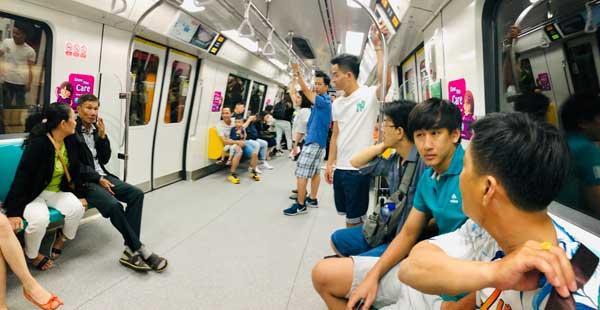 Thẻ ez-link sử dụng phương tiện giao thông tại singapore.