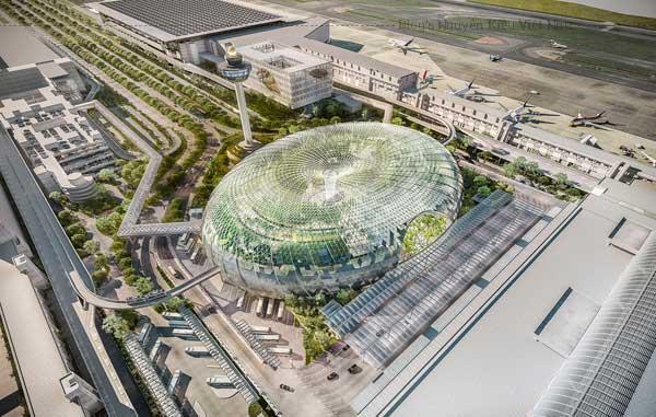 Nhiều người sẽ thắc mắc, sân bay thôi mà có gì mà phải đâu mà tham quan, tuy nhiên, nếu là một sân bay 5-6 năm liền nằm top đầu những sân bay tốt nhất, xịn nhất thế giới như sân bay Singapore thì lại là một câu chuyện khác.