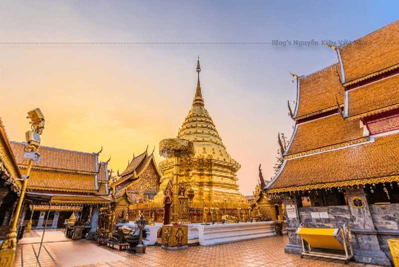 Người ta có câu Chưa đến chùa Phrathat Doi Suthep là chưa đến Chiang Mai, Đây cũng là ngôi chùa linh thiêng ở Chiang Mai.