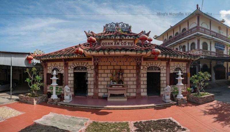 Chùa được xây dựng vào năm 1840, mang đậm lối kiến trúc Cà Mau cổ của thế kỷ 19, đây là nơi truyền giáo Phật pháp sớm nhất ở vùng đất Cà Mau. Nguyên cách gọi tên chùa Phật Tổ là do sự tôn kính từ lâu đời của người dân vùng Cà Mau với vị hòa thượng lập dựng chùa: Hòa thượng Thích Trí Tâm.