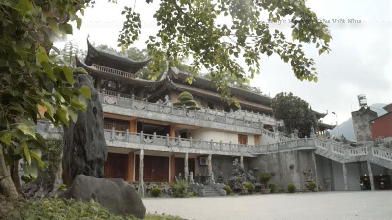 Chùa Quan Âm Hà Giang tọa lạc tại số 58 Đường Phùng Hưng, Tổ 17, Phường Trần Phú, Thành phố Hà Giang, Tỉnh Hà Giang.