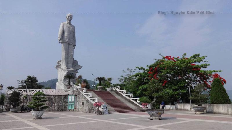 Tượng đài Bác Hồ đáp ứng yêu cầu về mỹ thuật, cảnh quan, kiến trúc và giá trị văn hóa lịch nhân văn sâu sắc.