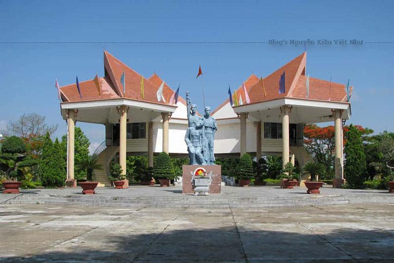 Nhà Ngục Kon Tum đã được xếp hạng là di tích lịch sử Quốc Gia vào năm 1988.