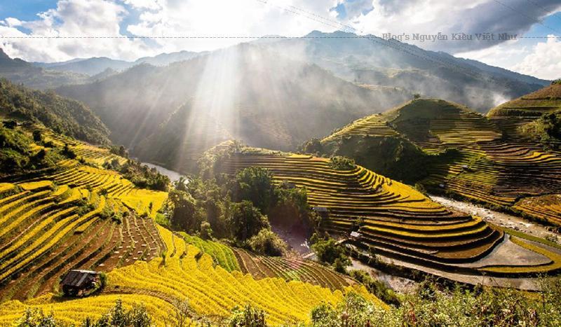Yên Bái cũng là địa điểm mà du lịch cộng đồng, du lịch sinh thái phát triển khá mạnh ở khu vực Nghĩa Lộ và Hồ Thác Bà.