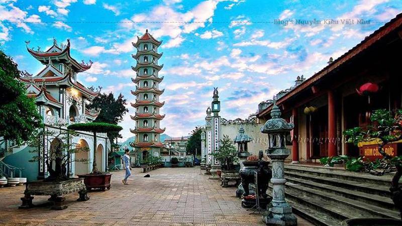 Trải qua lịch sử hàng trăm năm, vượt qua thiên tai và chiến tranh chùa vẫn giữ vững vai trò hành đạo và truyền đạo của mình.