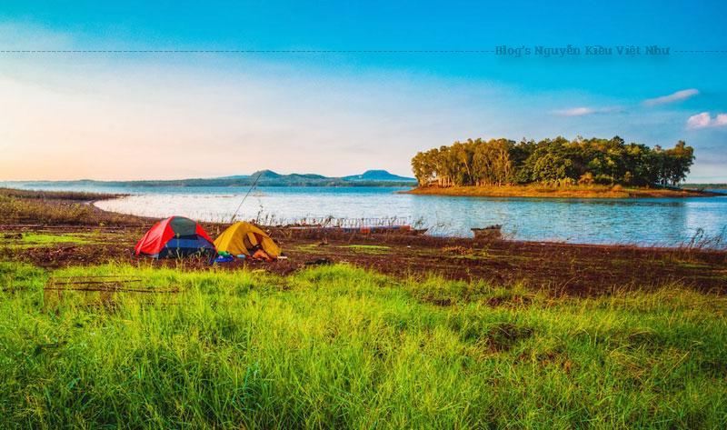 Hồ Trị An là một hồ nước nhân tạo nằm trên sông Đồng Nai. Hồ được xây dựng để làm nơi trữ nước với mục địch cung cấp cho Nhà máy thủy điện Trị An.