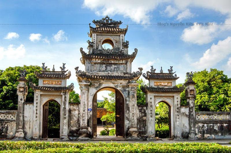Hằng năm, vào dịp đại lễ Phật Đản, dịp xuân về, Chùa Chuông lại tổ chức lễ hội, thu hút đông đảo nhân dân trong vùng và khách thập phương. Chùa Chuông cùng các danh thắng khác trong quần thể di tích Phố Hiến là một điểm đến không thể bỏ qua của du khách đến Hưng Yên.