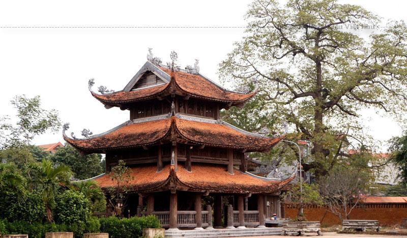 Về với chùa Nôm Hưng Yên chắc chắn bạn sẽ được khám phá nhiều điều thú vị về một kiến trúc chùa cổ của Việt Nam. Bên cạnh đó du khách có thể kết hợp tham quan nhiều địa danh nổi tiếng trong làng Nôm như cầu Nôm, đình Tam Giang, chợ Nôm,...