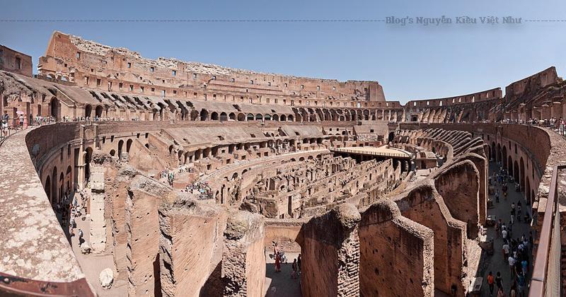 Hiện có một bảo tàng dành riêng cho Eros nằm ở tầng trên của tường ngoài công trình. Một phần nền của sàn đấu đã được lót lại. Bên dưới Colosseum, một mạng lưới lối đi ngầm từng được sử dụng để di chuyển súc vật và đấu sĩ đến sàn đấu được mở cửa tham quan vào mùa hè năm 2010.