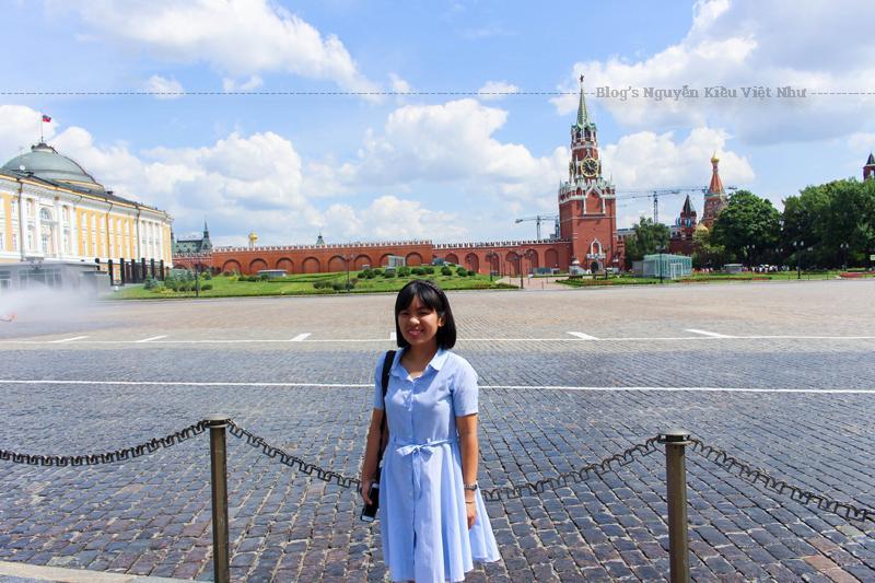 Lịch sử đa dạng của quảng trường Đỏ được phản ánh trong nhiều công trình nghệ thuật, bao gồm cả các bức vẽ của Vasily Surikov, Konstantin Yuon và nhiều người khác.