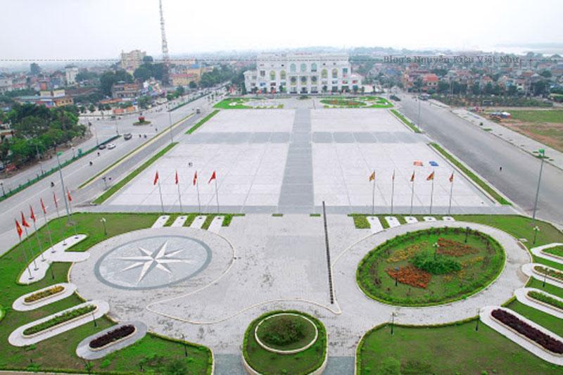 Đó là tất cả những chia sẻ của mình về Quảng trường Hùng Vương - công trình tầm cở quốc gia của Phú Thọ, hy vọng qua bài chia sẻ này sẻ cung cấp thêm được nhiều thông tin mà bạn đang tìm kiếm.