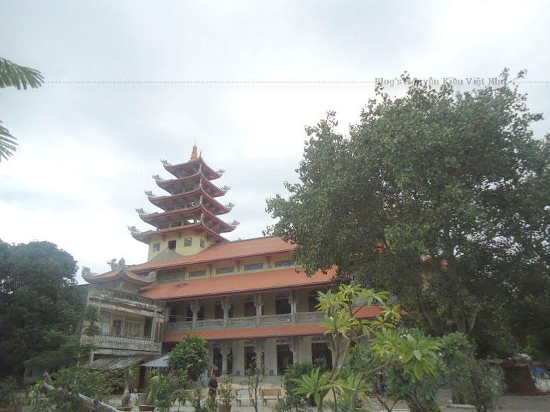 Tổ đình Bảo Tịnh cũng là nơi đặt văn phòng Ban trị sự Phật giáo Phú Yên. Hằng ngày, chùa đón nhiều tăng ni, phật tử và du khách thập phương đến chiêm bái Phật và vãn cảnh chùa.