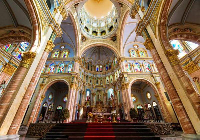 Với quá trình phát triển, ngôi thánh đường xây năm 1770 không đủ đáp ứng nhu cầu sinh hoạt tôn giáo, nhà thờ được xây dựng lại nhiều lần vào các năm: 1880, 1895, 1938.