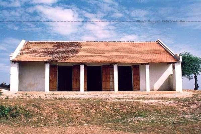 Chùa được dựng vào thời Hậu Lê. Ngôi chùa ngày nay do Sư cụ Thích Đàm Hinh tổ chức xây cất vào ngày 17 tháng 5 năm 1992, hoàn thành ngày 21 tháng 7 năm 1992.