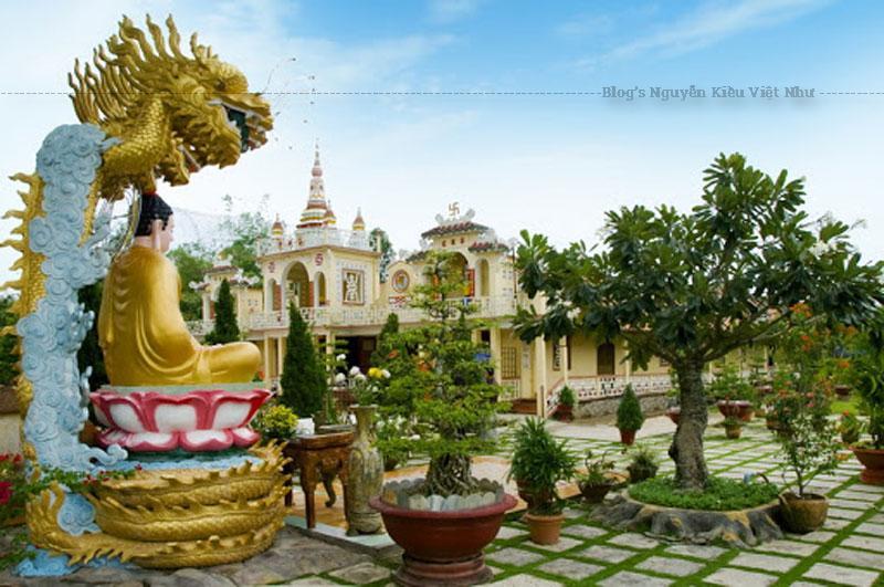 Năm 2009, cổng chùa Tiên Châu lại được xây mới, và toàn bộ ngôi chùa cũng được sơn phết lại.
