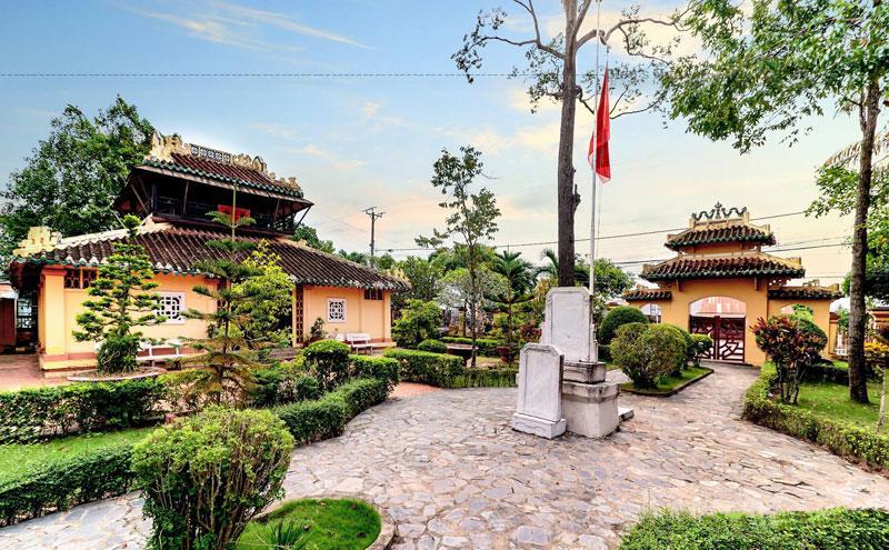 Văn Thánh miếu Vĩnh Long được Bộ Văn hóa - Thông tin công nhận là di tích lịch sử văn hóa cấp quốc gia ngày 25 tháng 3 năm 1991.
