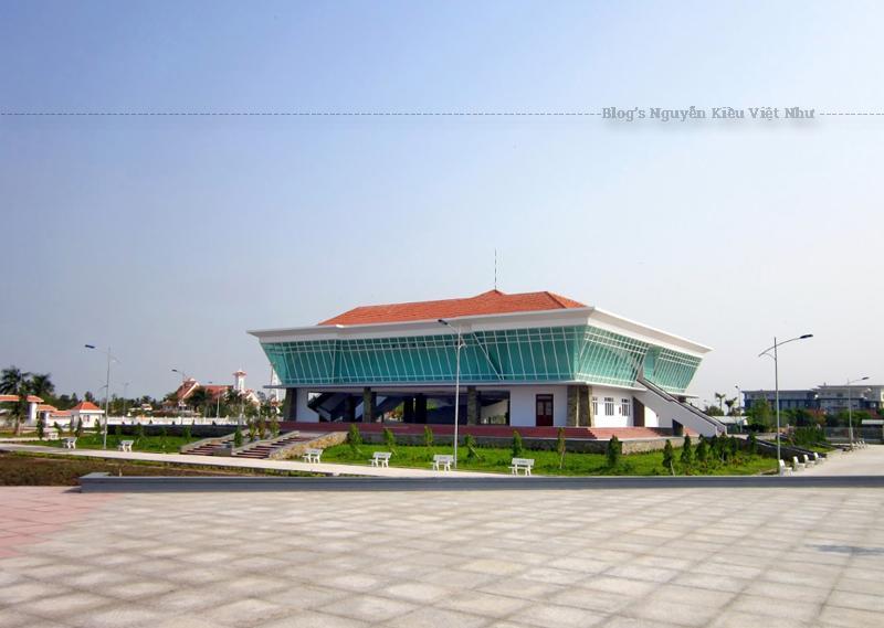 Chương Thiện là một tỉnh được chính quyền Sài Gòn thành lập năm 1960, được xem như đầu mối giao thông thủy bộ quan trọng để đi Cần Thơ, Sóc Trăng, Bạc Liêu, U Minh, Rạch Giá.