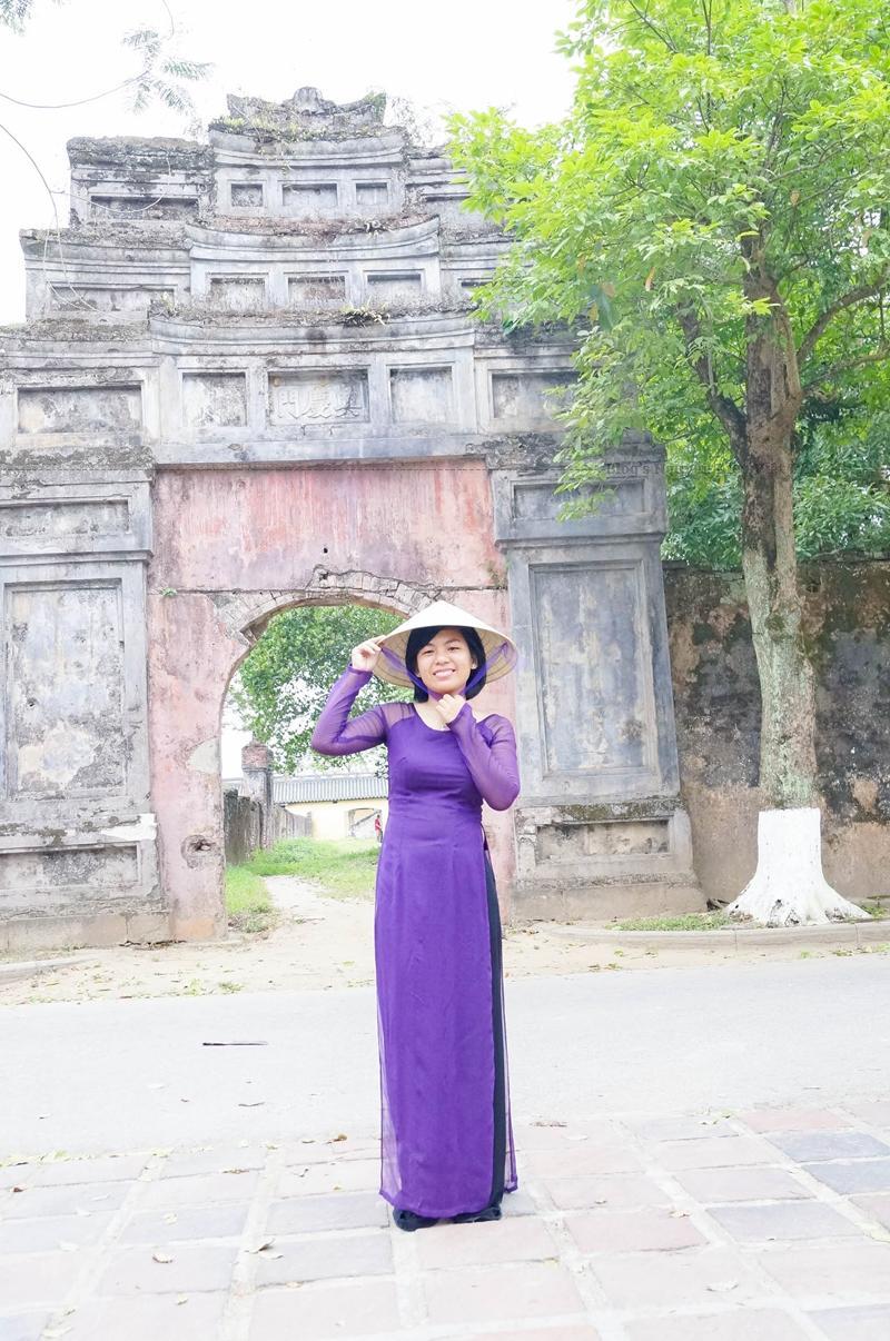 Tổng thể kiến trúc tại huế được xây dựng trên một mặt bằng với diện tích hơn 500ha và được giới hạn bởi ba vòng thành: Kinh Thành, Hoàng Thành và Tử Cấm Thành.