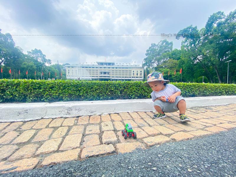 Tại Sài Gòn hoa lệ, vẫn còn đó những công trình kiến trúc mang đậm phong cách Pháp cổ điển.